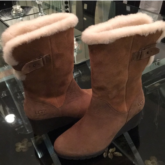 a16e77c0ec8 ❤️New Ugg Edelina Chestnut Suede boots Sz 12 NWT